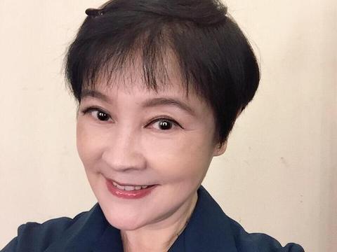 65岁梁丹妮近照曝光,老公冯远征宠了她26年,夫妻俩人没要孩子