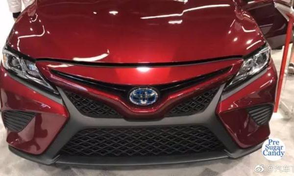 视频:汽车视频:丰田凯美瑞混合动力SE