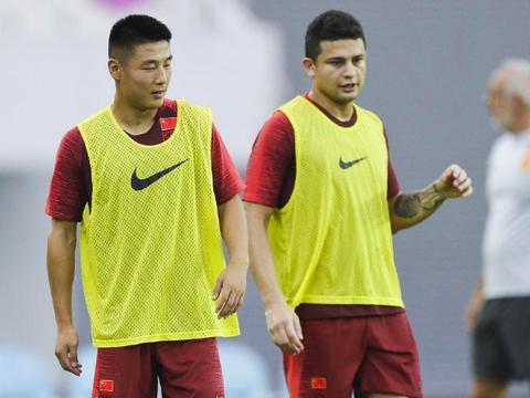 中国足球64年最强锋线合体,轰258球134助,力压郝海东李金羽3球