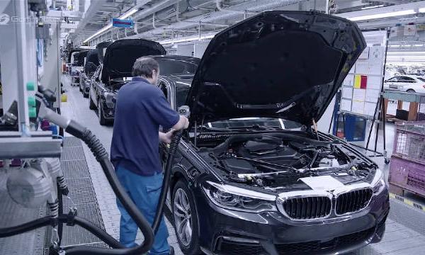 视频:汽车视频:参观宝马5系德国工厂生产线