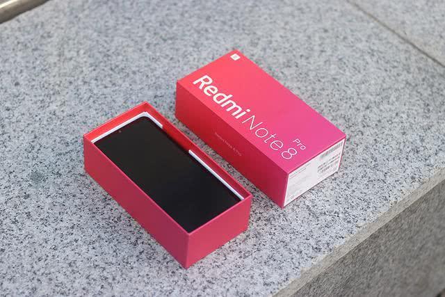红米Note8 Pro开箱:不止拍照,MTK手机究竟啥样