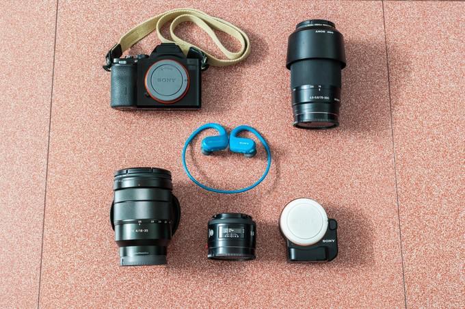 作为一名经常去旅行的摄影师来说,携带的摄影器材当然是越轻便越好。微单已经成为我旅途中不可多得的拍摄好伙伴。