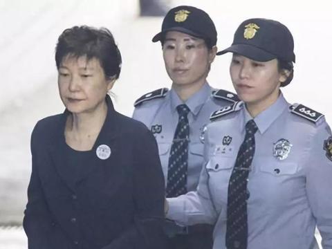 """朴槿惠终审无果,李在镕成为""""替罪羊"""",文在寅:都不会好过!"""