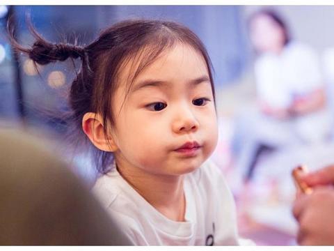 李承铉受到限韩令影响,只能够在家带孩子,湖南台却邀请他录节目