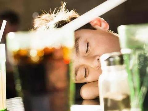 孩子精力旺盛,有没有必要午睡?和午睡的孩子相比,差距非常明显