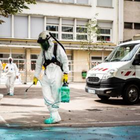 """巴黎圣母院火灾""""后遗症"""":周边多所学校因铅污染风险关闭"""