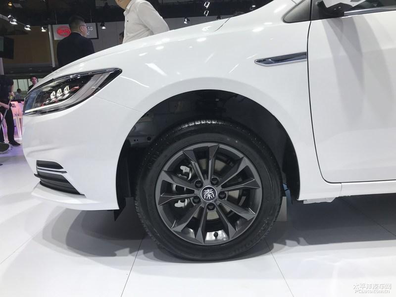 2019成都车展:全新一代比亚迪秦燃油版开启预售