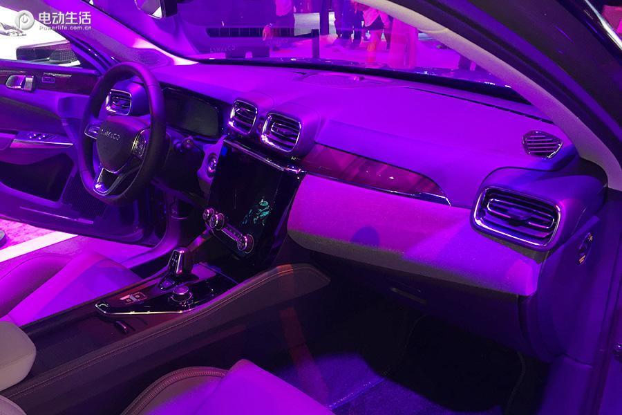 成都车展:领克新能源家族新车上市 售16.87万起