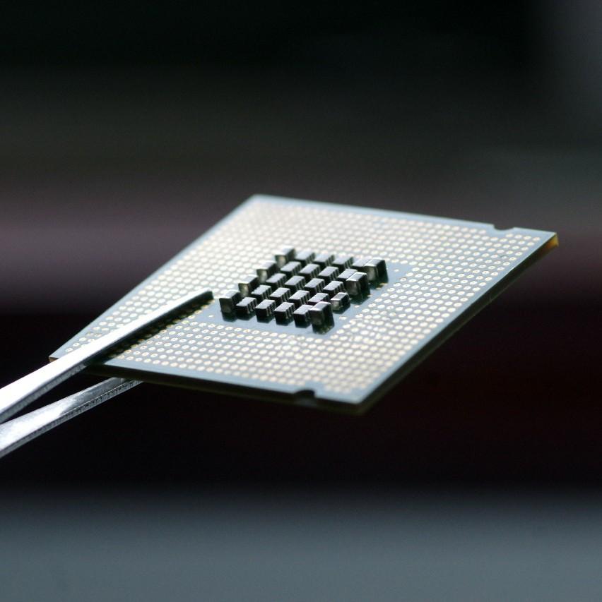 【原创】全球芯片销售额连续第七个月下滑 半导体市场发生了什么?