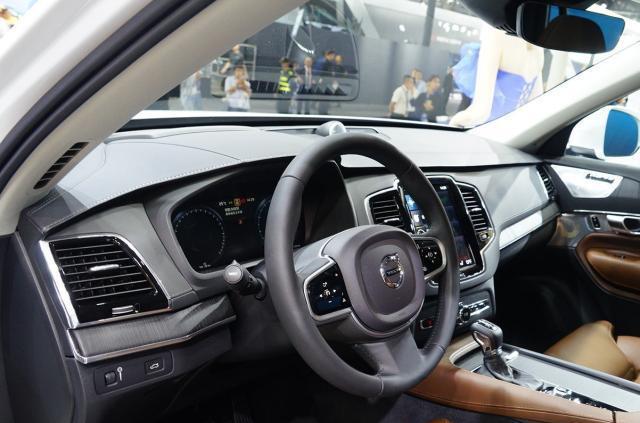 """最安全的汽车!沃尔沃XC90改款上市,这次依然是""""安全牌"""""""