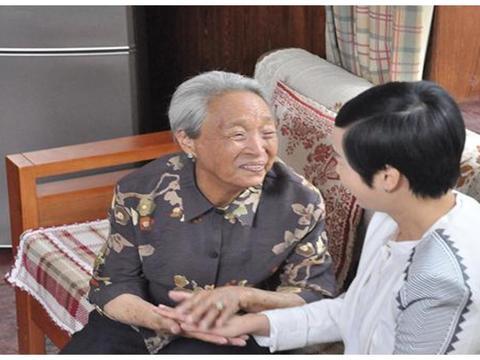 国家一级演员,因病去世千人送行,孙子在天津大爆炸不幸牺牲!