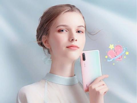 小米发力女性手机市场,这两款机器为女性消费者准备?