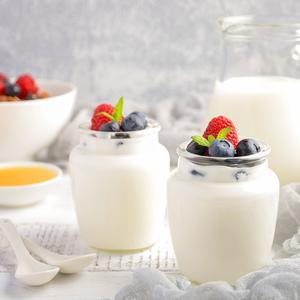 痛风高尿酸还能喝牛奶吗?来看看国家卫计委指南怎么说