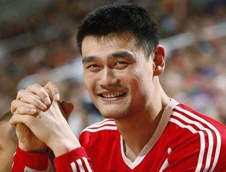 姚明心中的NBA球星,两位国际巨星得到赞扬,慈世平也出现