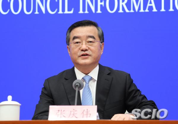 中共乌龙江省委书记、乌龙江省人年夜常委会主任张庆伟。 张馨 摄