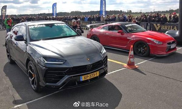 视频:兰博基尼Urus vs日产GT-R r35-比赛!