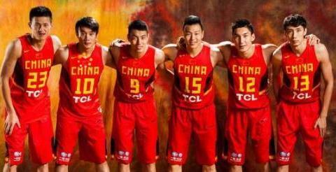 他本是中国男篮锋卫最佳接班人,无奈在广东队时自毁前程