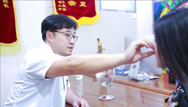 济南韩氏王召东助力第三届东方之鼻整形美文化节