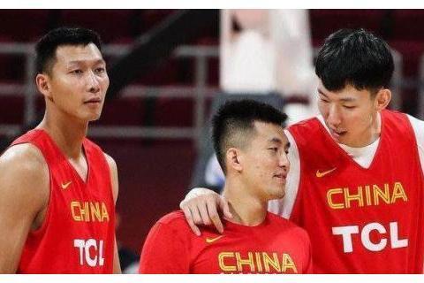 大家眼中的亚洲首席后卫郭艾伦 是男篮里的快乐小孩