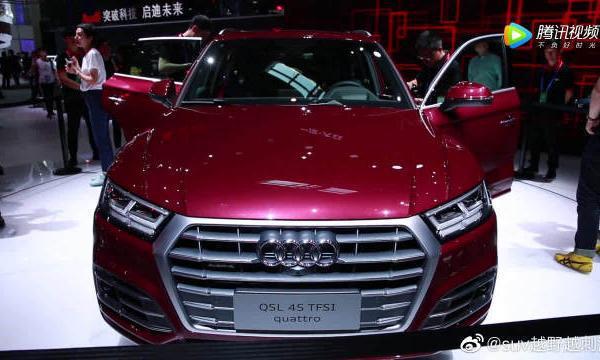 视频:轴距增加88mm,全新内饰!2018北京车展人气最旺的全新奥迪Q5L