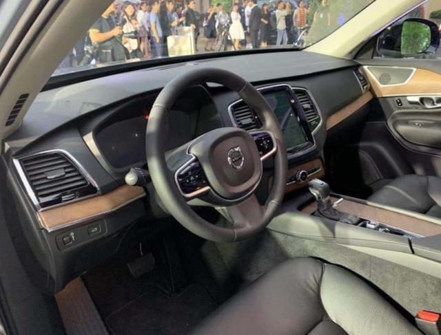 2019成都车展:新沃尔沃XC90上市,售价63.39万元起
