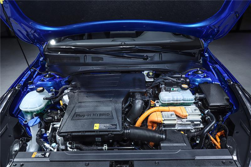 全新一代K3插电混动、SP2c,东风悦达起亚的阵仗有点大