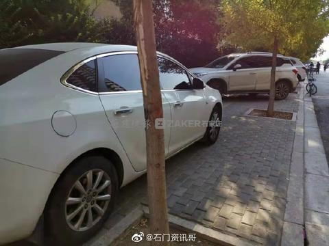 10月1日起,邯郸城管将对人行道上违停车辆进行处罚!