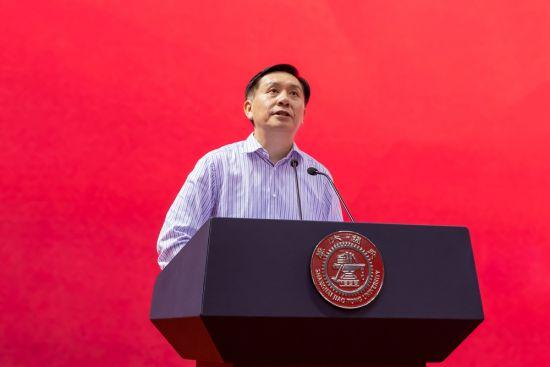 上海交大党委书记姜斯宪为2019级新生上第一课