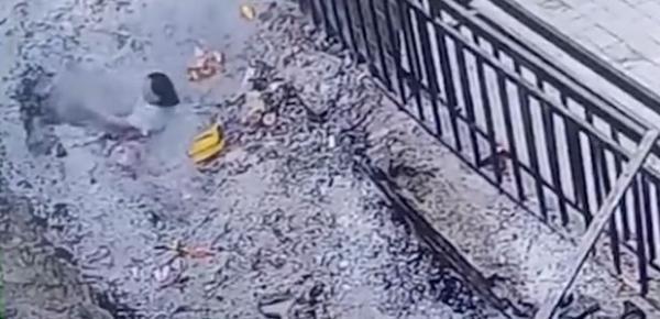 視頻截圖 來自大河報