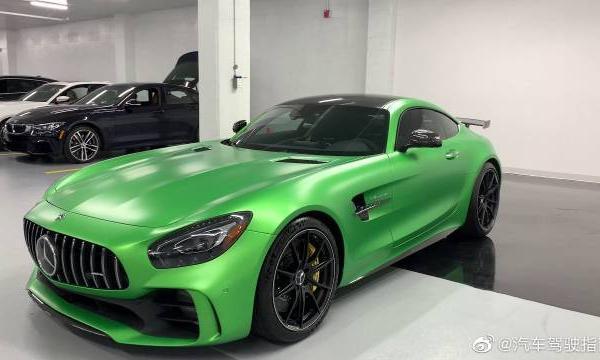 视频:汽车视频:2019梅赛德斯AMG GTR绿色地狱