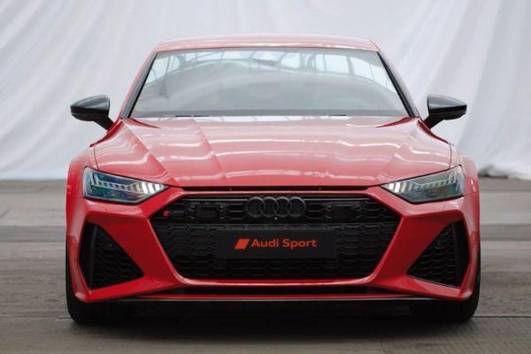 视频:日前,奥迪宣布RS7 Sportback将在法兰克福车展亮相