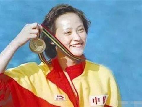 中国首位跳水女皇,获70余枚金牌,退役入加拿大籍,再婚嫁华人!