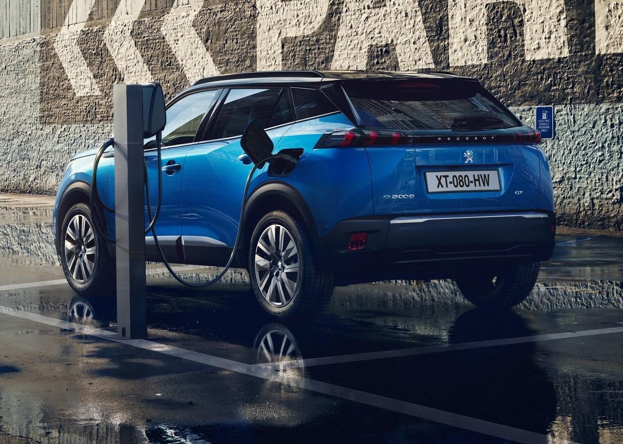 法兰克福车展亮相的全新标致2008,小型SUV新的搅局者?