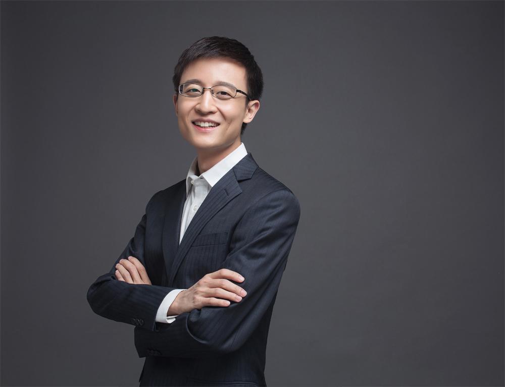 """杨临风:用人工智能""""重新定义""""教师"""