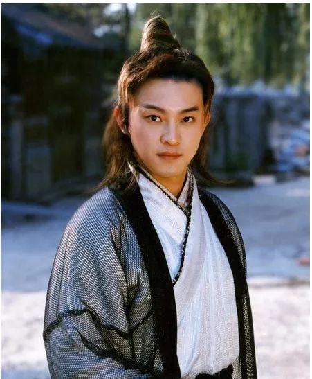 回到小明没变油腻的20年前,你会磕上谁的盛世美颜?