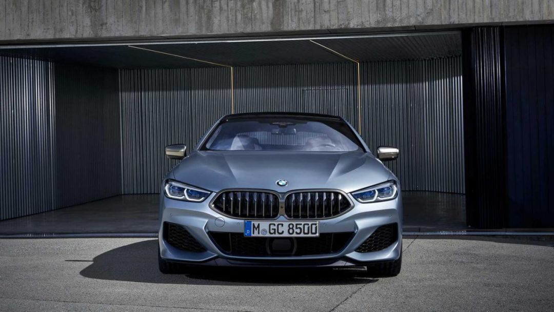 全新BMW 8系上市!运动、豪华兼顾!真香!