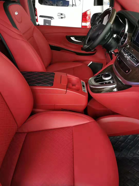 奔驰V250改迈巴赫限定款,内饰外饰都有不同,用起来怎么样?