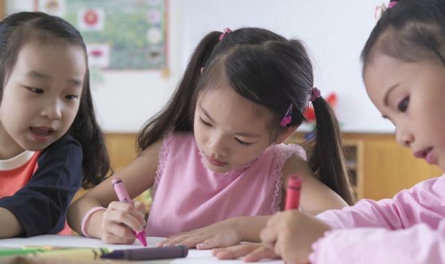 """""""超前教育""""会让孩子智力更超前吗?这个实验告诉你,家长别忽视"""