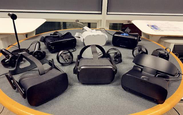 关于VR设备,已经很久没有厂商研发了,为什么呢?