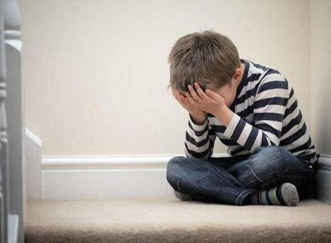 想提高孩子的抗挫能力,家长要对孩子说8句话,孩子会越来越坚强