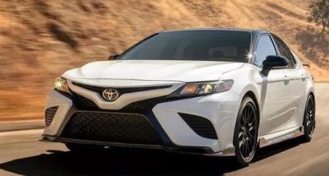田推出全新版本凯美瑞,搭载3.5L V6发动机怼出301马力!
