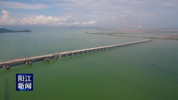 海陵岛特大桥主桥全面合龙