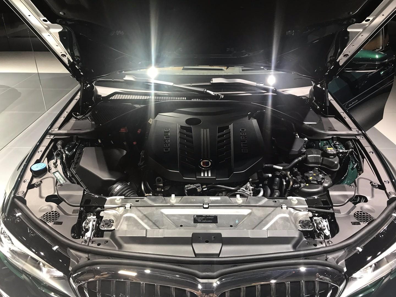 动力超过400马力/搭载运动外观套件 全新ALPINA B3首发亮相