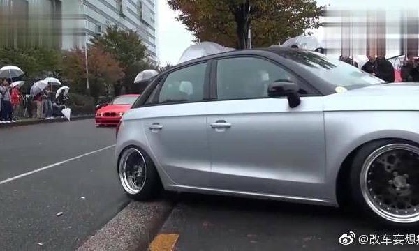 视频:奔驰E级改超跑,底盘贴地,车轮超斜,这造型是不是很炫酷?