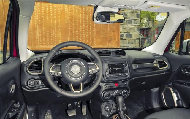 这款美系小型SUV比本田XR-V都值,全系标配自动挡+四轮独立悬挂