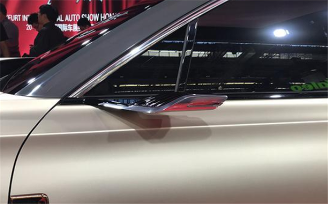 时隔59年 红旗以破百仅1.9秒超级跑车再次闪耀国际车展
