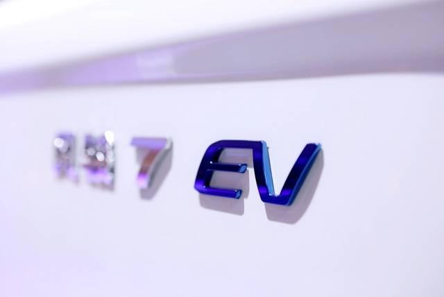 长城皮卡切入新能源:风骏7 EV预售,长城炮纯电动明年将至
