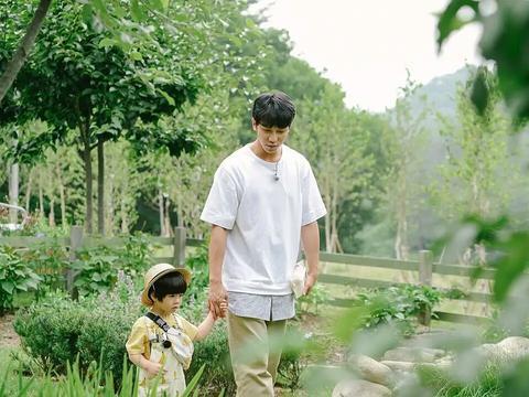为了这档8.7分综艺,郑素敏李昇基考儿童心理资格证,太圈粉了