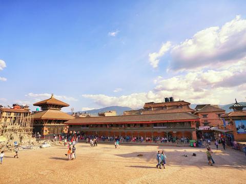 尼泊尔的世界遗产,几十座寺庙差点毁于一场大地震