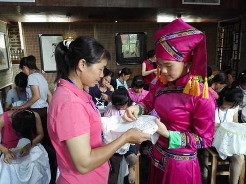 广西:文化服务上山下乡 脱贫攻坚吹糠见米